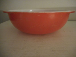 Vintage Pyrex Flamingo pink  024 2 Quart Casserole Dish well loved! - $14.84