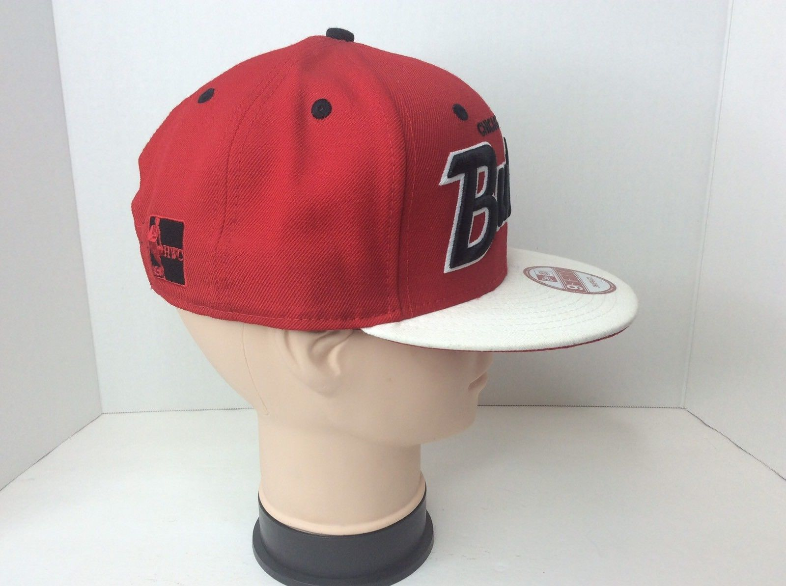 New Era 9Fifty Snapback Chicago Bulls Adjustable Hat Cap Red White Spell Out