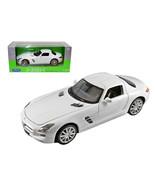 Mercedes SLS AMG White 1/24 Diecast Model Car by Welly 24025w - $33.76