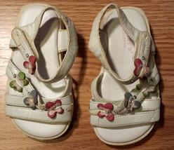 Baby Girl's Size 3 Infant Toddler White Butterfly Designed Carter's Sand... - $1.50