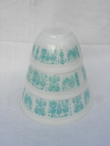 3 Vintage Pyrex Turquoise and White Amish Butterprint Nesting Mixing Bowls - $49.99