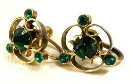 VTG Gold  tone Emerald Green Rhinestone screw clip Earrings - $18.56