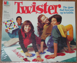 TWISTER GAME 1993 MILTON BRADLEY #4645 MADE IN USA COMPLETE LIGHTLY PLAYED - $10.00