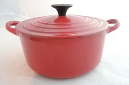 Small Vintage Flame Red Le Creuset Enamel Cast Iron Dutch Oven - $94.99