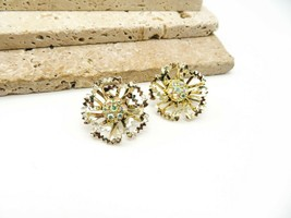 Vintage Sarah Coventry Gold Tone AB Rhinestone Flower Clip On Earrings Q10 - $16.99