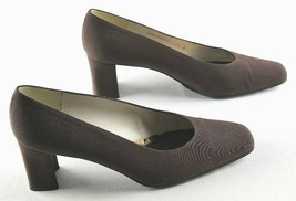 Stuart Weitzman Pumps Womens Size 8.5 Brown Slip On Heeled Shoes - $27.00