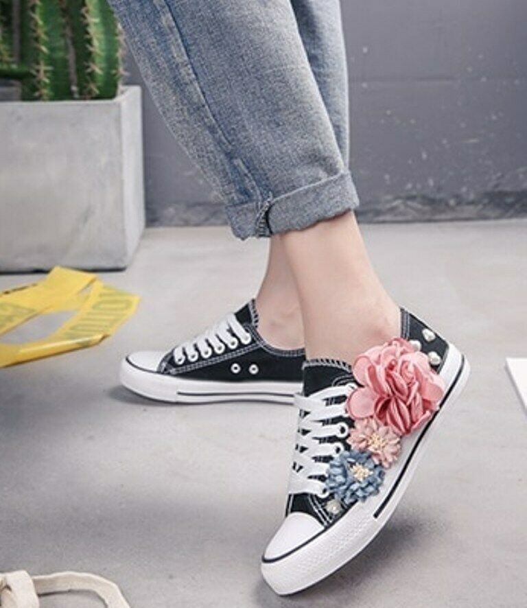 Women Comfortable Vulcanize Shoes Lace Up Casual Fashion Sneakers Flower Canvas