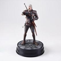 """Dark Horse Deluxe The Witcher 3 Wild Hunt Geralt Figure 8"""" Action Figure NI - $28.49"""