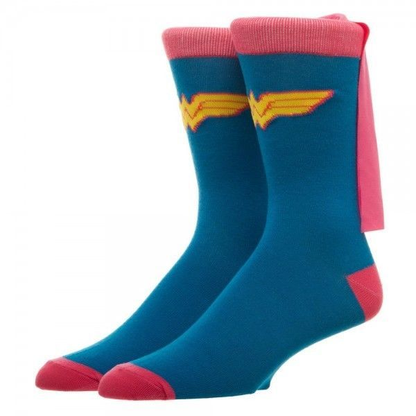 Wonder Woman Dc Comics Pink Cape Crew Socks