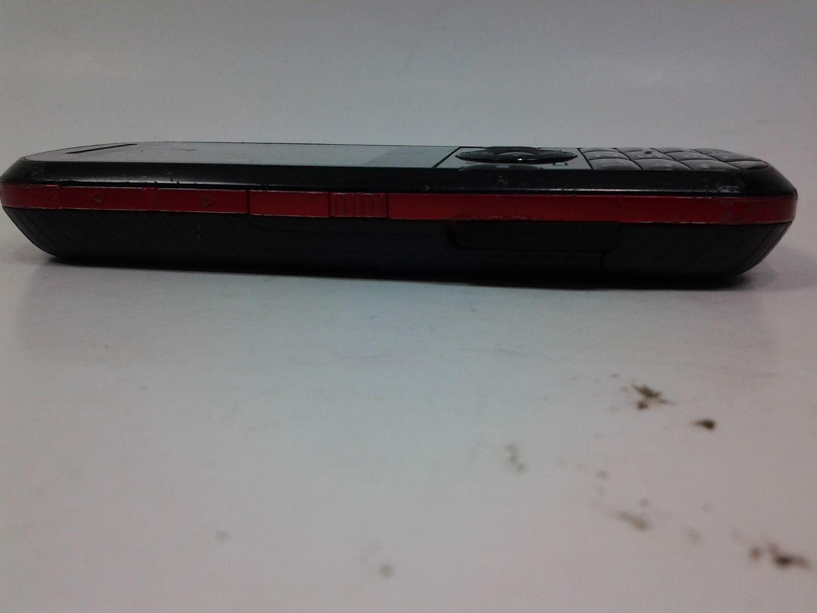 Motorola Model VE440 Black and Red Bar Cell Phone image 3