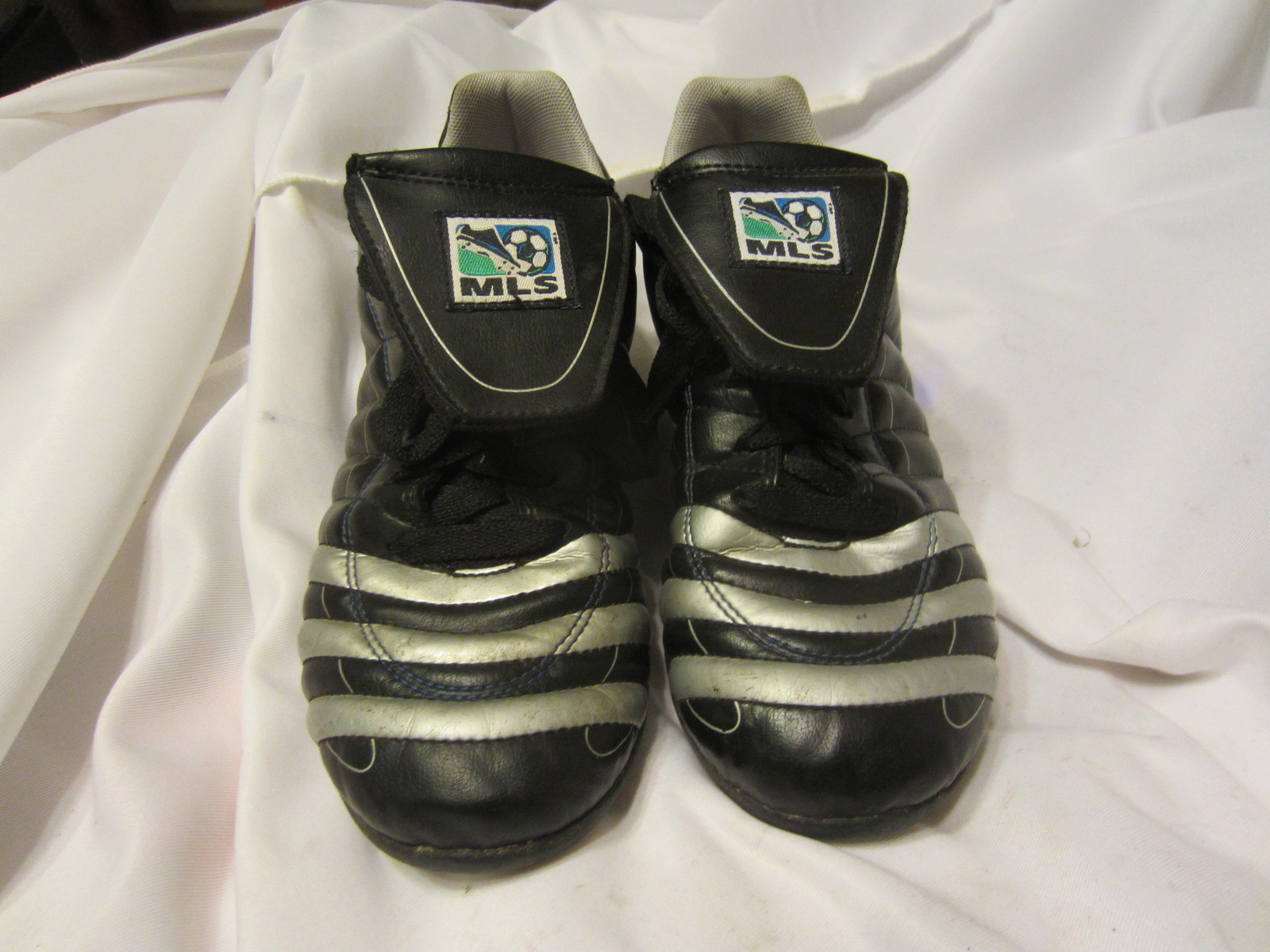 youth size 6 soccer cleats