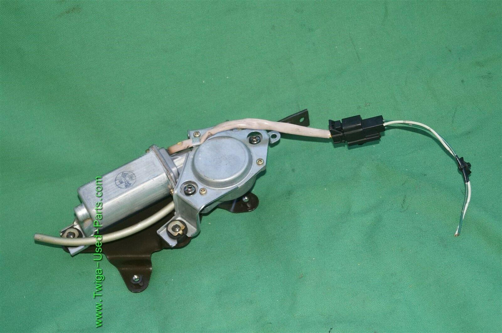 04-08 Nissan 350Z Roadster Convertible Tonneau Cover Lock Release Motor