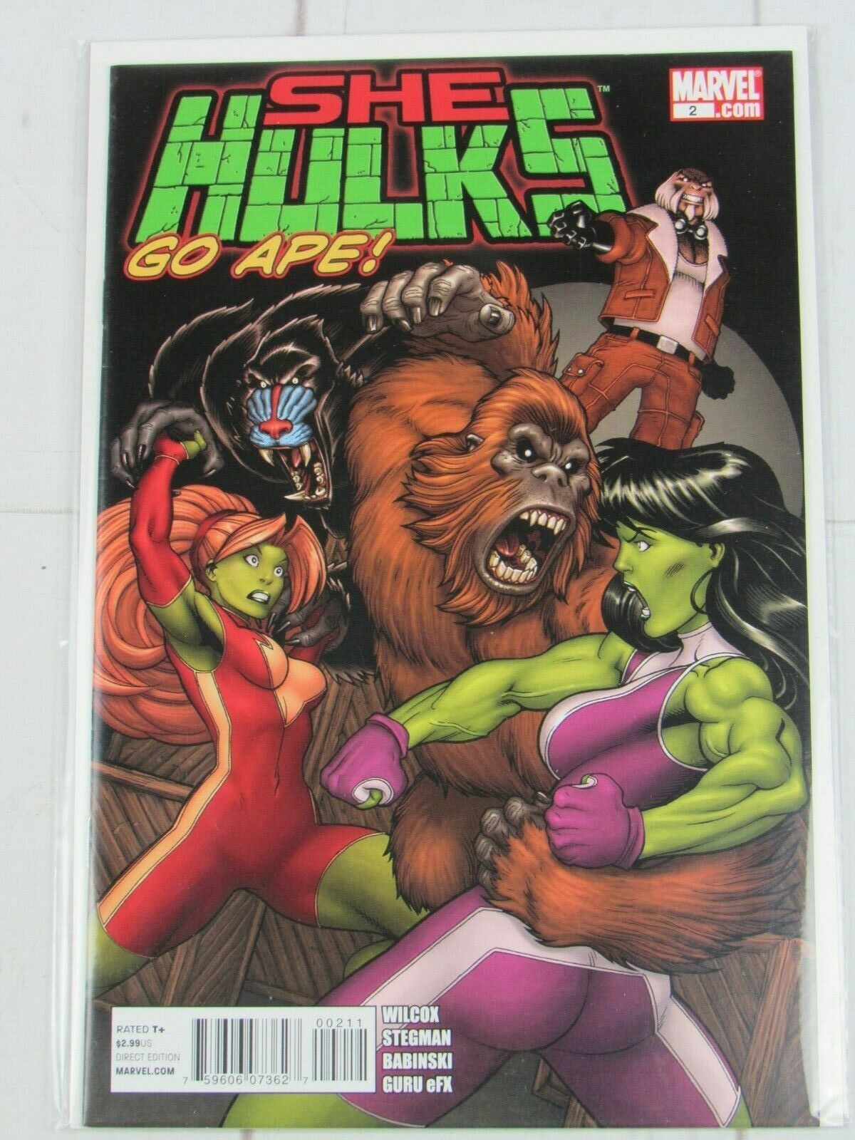 She-Hulks (Marvel) #2 2011 Bagged and Boarded - C5260
