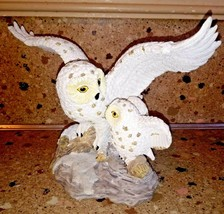 SNOWY OWL Statue Figurine Mama Baby Owl Perched On Rock - $39.59