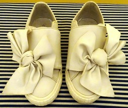 CUTE ZARA GIRLS OFF WHITE BIG BOW VEGAN LEATHER  DRESS SHOES FLATS SIZE ... - $9.89
