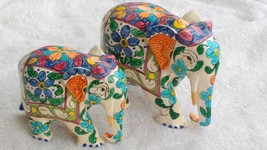 Elephant Statue figurine decor wooden hand painted gift mother and baby  - $35.82