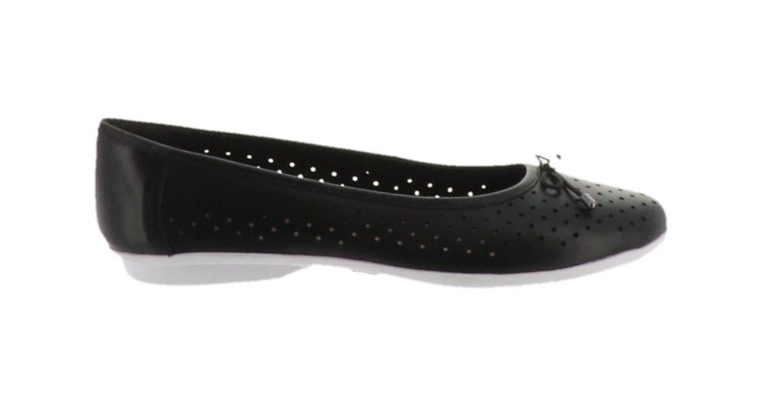 Clarks Perforated Leather Ballet Flats Gracelin Lea Black 11W NEW A306040