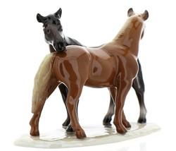 """Hagen-Renaker Specialties Ceramic Horse Figurine """"Best Friends"""" Grooming Horses image 2"""