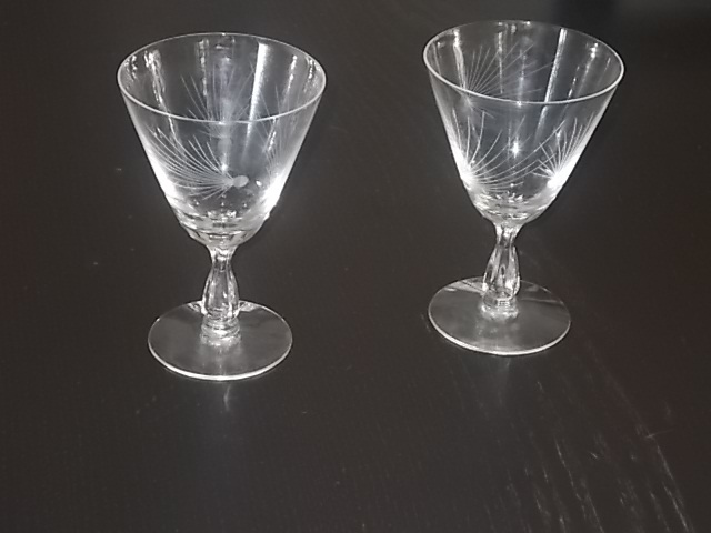 Primary image for MID CENTURY 1950'S FOSTORIA WINE/CLARET GLASSES ATOMIC PATTERN
