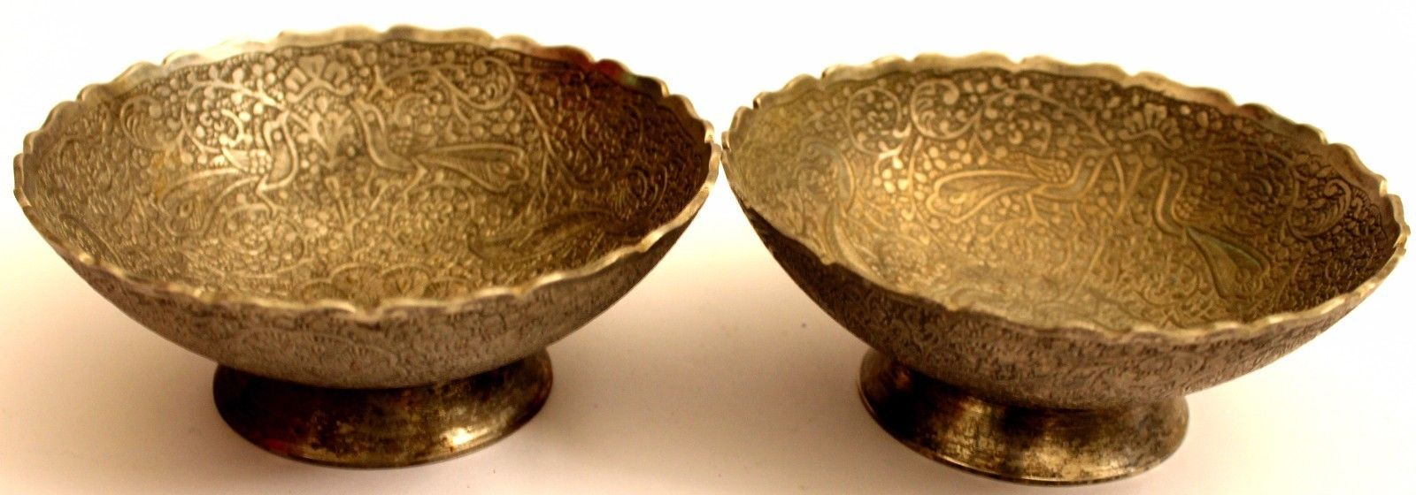 SET OF 2 BEAUTIFUL HAND CURVED BOWL BRASS STEEL CARVING COLLECTIBLE BOWLS DECOR.