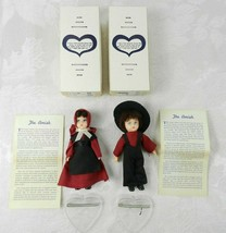 "2 Amish Knickerbocker Dolls on Heart Stands 5"" H Red Clothing Lancaster ... - $24.74"