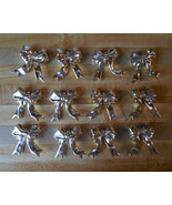 12 gold bows / vintage gold bow decorations / gold bow ties / bow holida... - $20.00