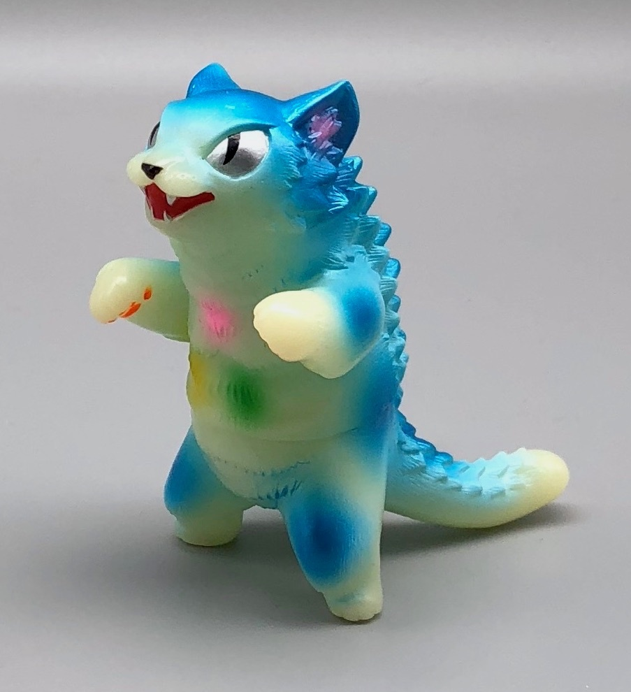 MaxToy Blue GID Glow in the Dark Negora