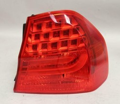 09 10 11 Bmw 325I 328I Sedan Right Passenger Side Tail Light Oem - $69.29