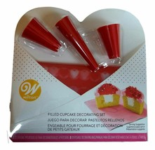 Valentine Filled Cupcake Decorating Set 3 Red Tips 4 disposable bags Wilton - $6.52