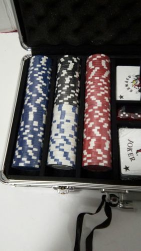 *NEW*  Willco 300 Pieces Poker Chip set in an Aluminum carrying Case  image 3
