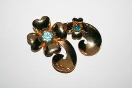 Coro Vintage Large Gold Tone Flower with Aqua Crystals Brooch  J391 image 3