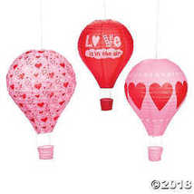 Valentine Hot Air Balloon Hanging Paper Lanterns - $19.12