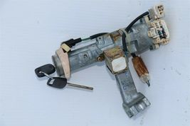 96-02 Toyota 4runner Ignition Switch Lock Cylinder & 2 keys image 4