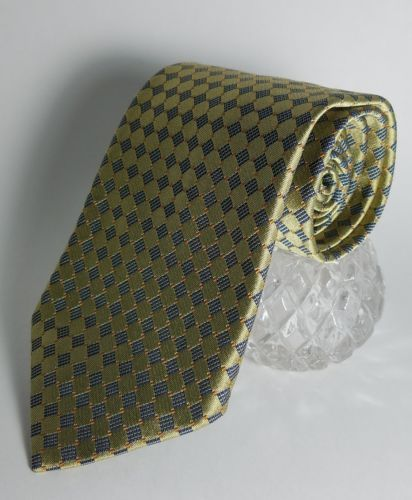"JoS. A Bank Corporate collectoon Mens tie Geometric Gold diamond 57"" x 4"" EUC"
