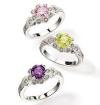 "Avon Antiqued Detail CZ Stone Ring Size 6 ""Green"" - $9.99"