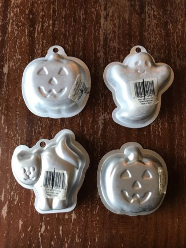 Set Of 4 Wilton Single Halloween Cake Pans And 50 Similar Items