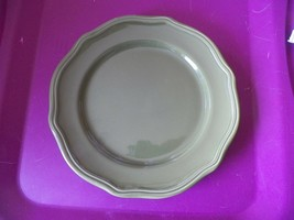 Home Trends salad plate (HTS29) 1 available - $3.47