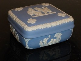 "Vintage Wedgwood Jasperware White And Blue Trinket Box 1 3/4"" H X 4"" W - $39.00"