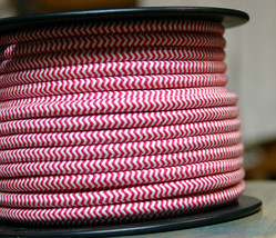 ZigZag Red/White Cloth Covered 3-Wire Round Cord, 18ga. Vtg Lamps Antiqu... - $1.59