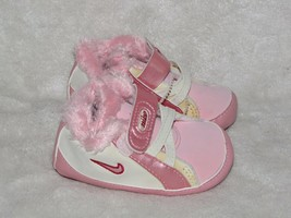 Infant Girl Nike Pearlized Pink Winter Soft Sole Crib Shoes Vintage 2003... - $24.74