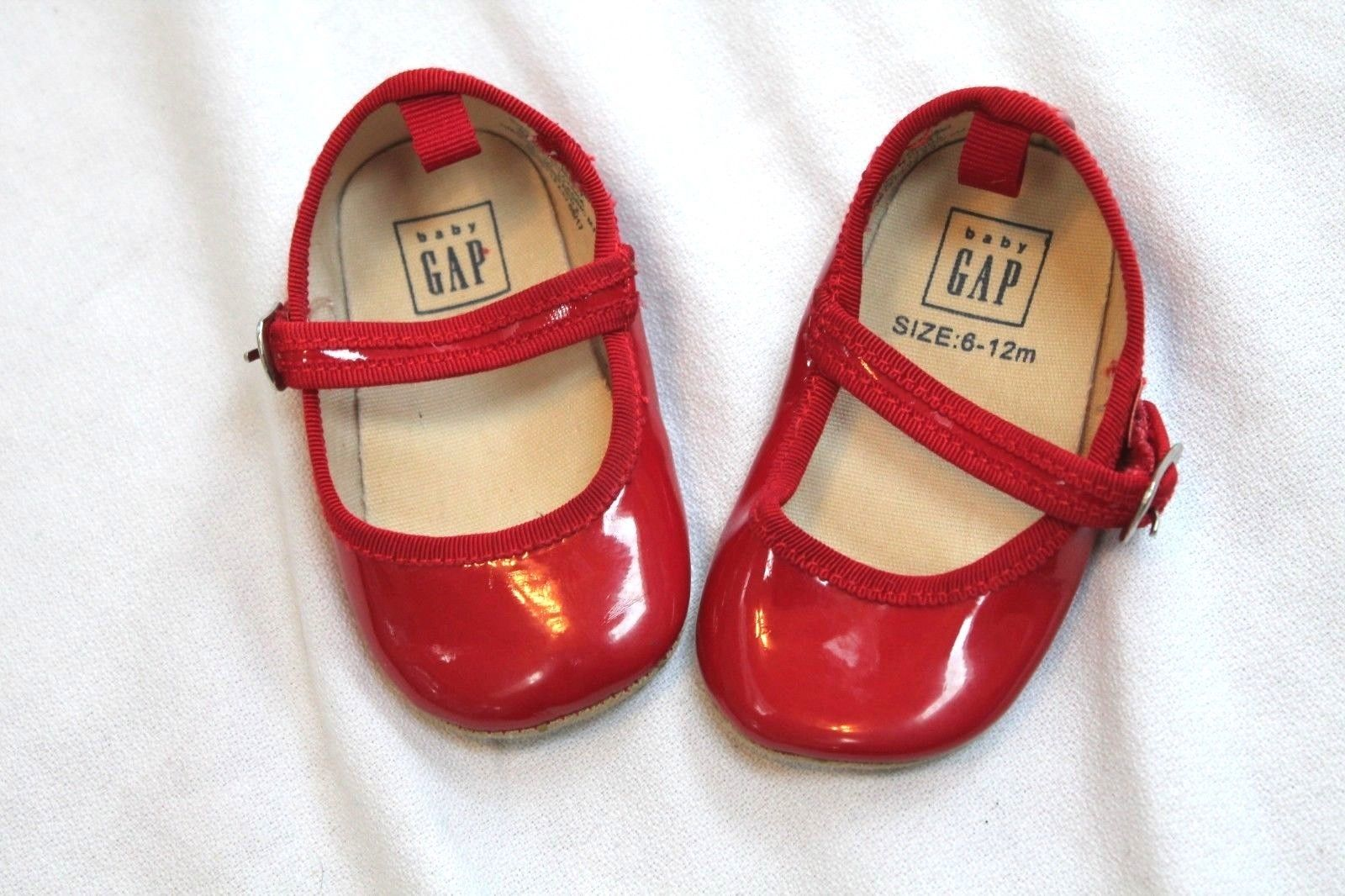GAP Baby Girl Size 3-6 Months Light Pink Patent Leather Mary Jane Flats Shoes