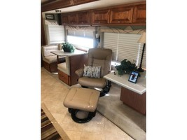 2008 Phaeton 40QTH For Sale In Zachary, LA 70791 image 4