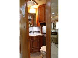 2012 Newmar MOUNTAIN AIRE 4344 Used Class A For Sale In Leesburg, VA 20176 image 10