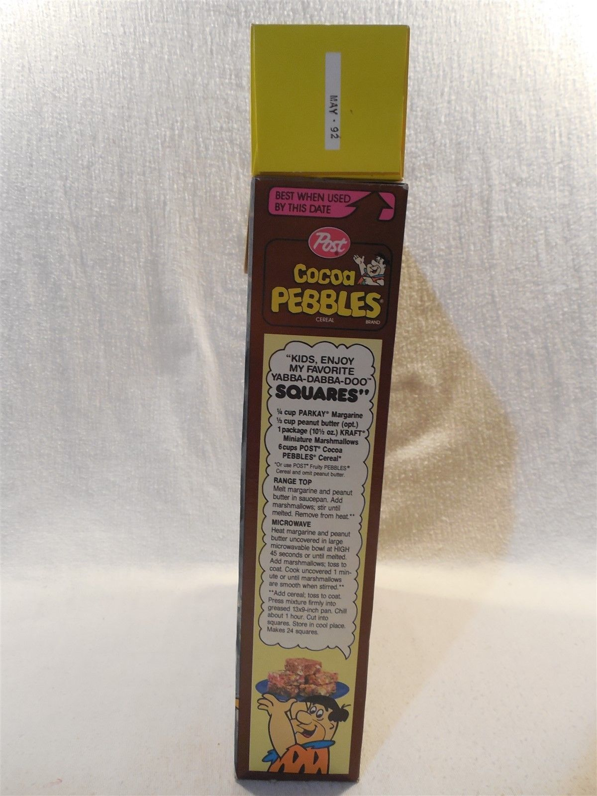 Flintstones 1991 Post Cocoa Pebbles Cereal Box Bedrock Bendable Band Toy Fred