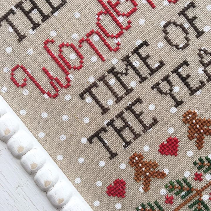FABRIC CUT 32ct natural/white 11x15 petit point linen Wonderful Time of Year CCN