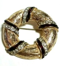 COROCRAFT SIGNED VINTAGE RED & CLEAR RHINESTONE GOLD TONE BROOCH PIN - $40.00