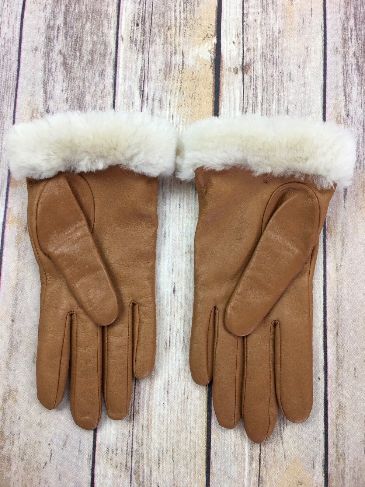 959447431 UGGS AUSTRALIA Gloves Classic Leather Smart Phone Glove Chestnut Shearling  S New