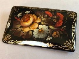 HAND PAINTED FLOWERS ROSES DAISY BLACK LAQUER MADE IN RUSSIA PIN BROOCH ... - $29.70