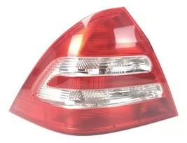 2001 2002 2003 2004 Mercedes Benz C240 Driver Tail Light Taillight C320 C230 - $89.00