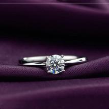 New 1.2 Carat Simulated Diamond 18K White Gold Plated Women Wedding Ring - $249,42 MXN